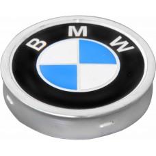 TAPACUBO Rin BMW lamina (centro de rin) 6.75 cm. (Jgo. 4 pzas)